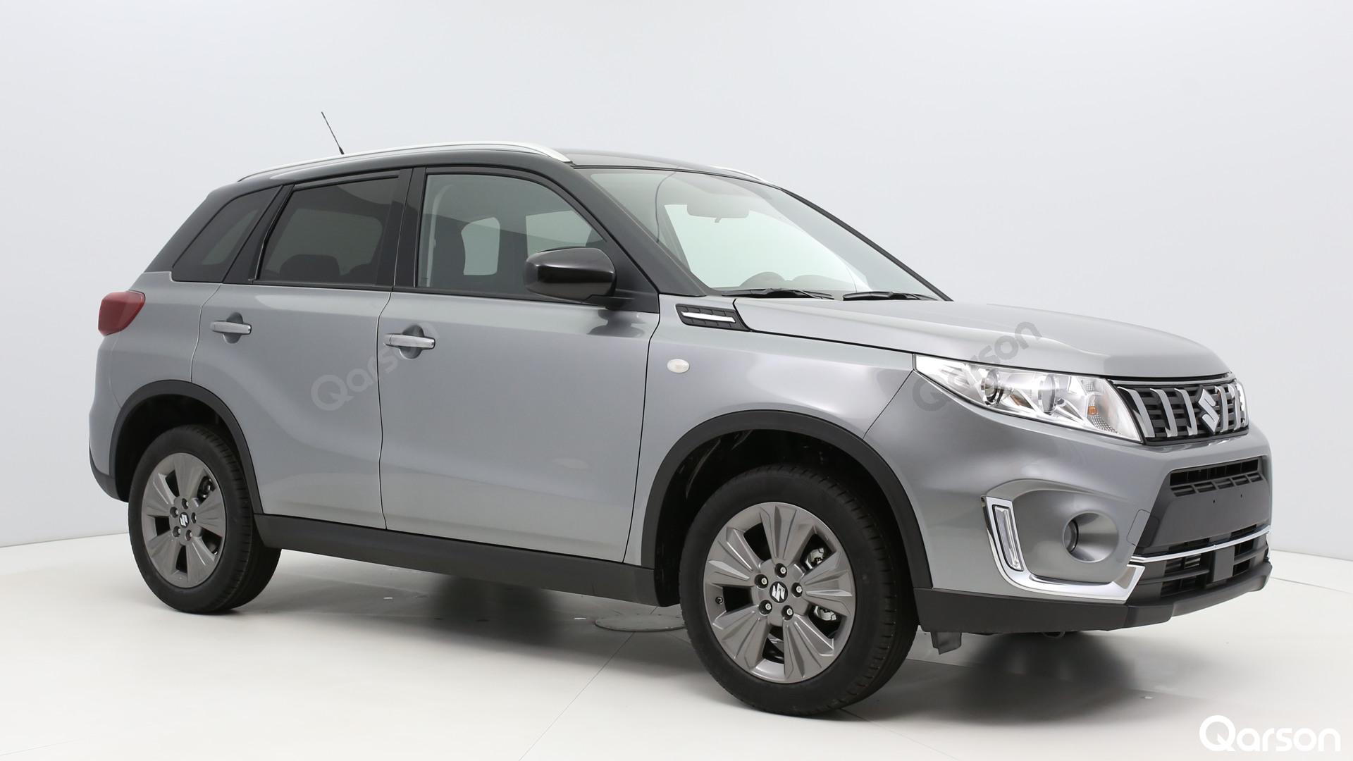 Suzuki Vitara Facelift Widok z przedniego prawego boku kąt 300 stopni