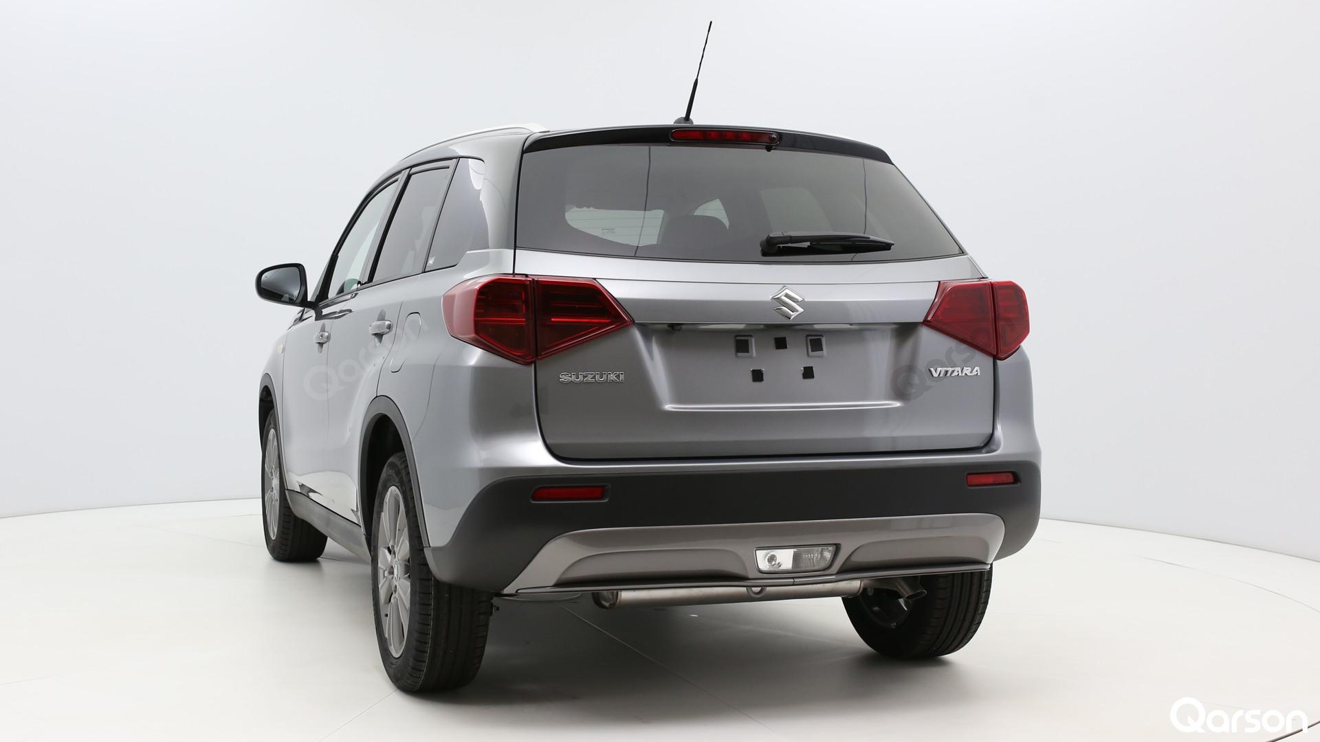 Suzuki Vitara Facelift Widok auta z tyłu z lewej strony pod kątem 150 stopni