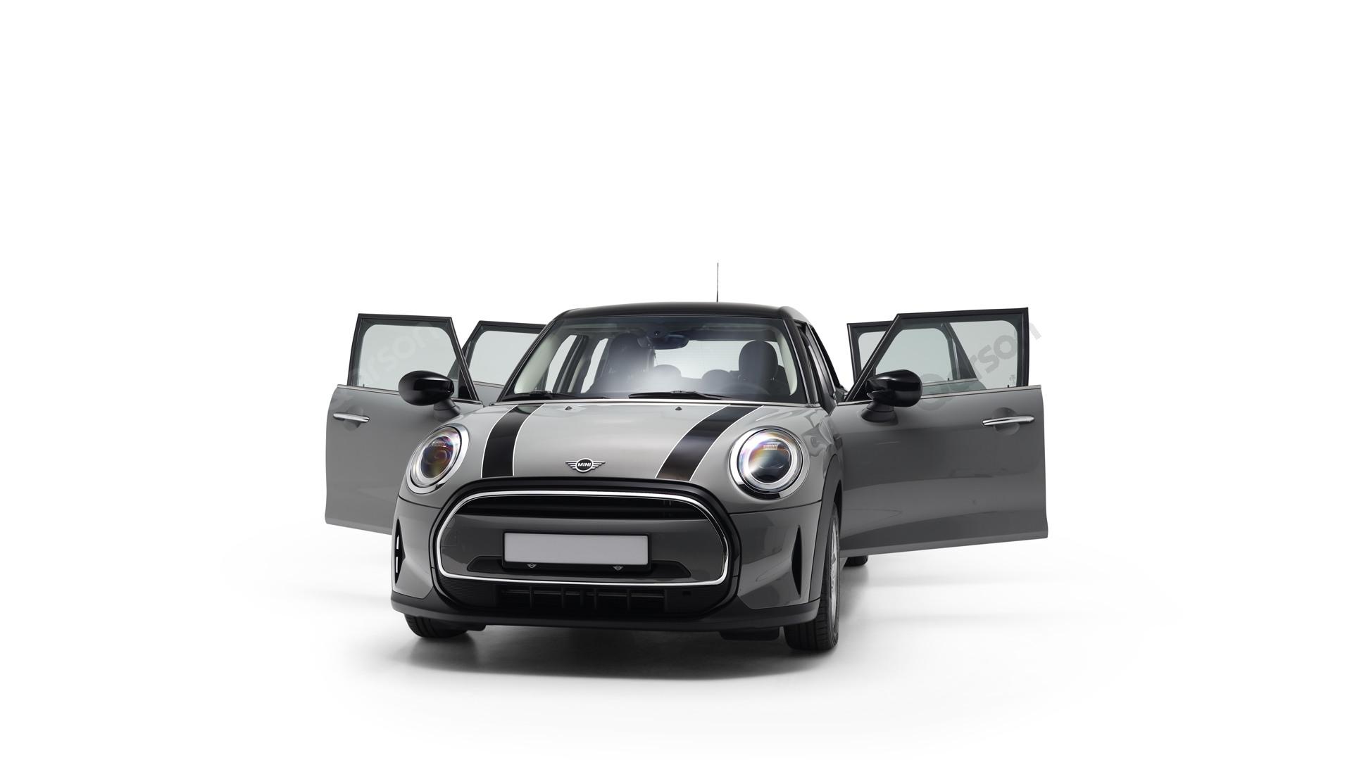 MINI MINI 5D Widok auta z otwartymi drzwiami przedni lewy bok pod kątem 10 stopni
